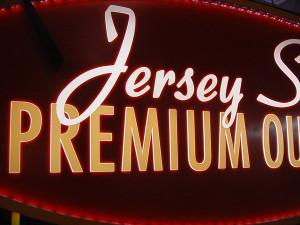 Jersey-Shore-illumination-detail